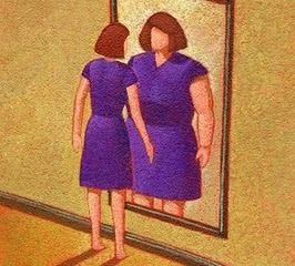 thin-woman-looking-in-mirror-at-fat-woman11